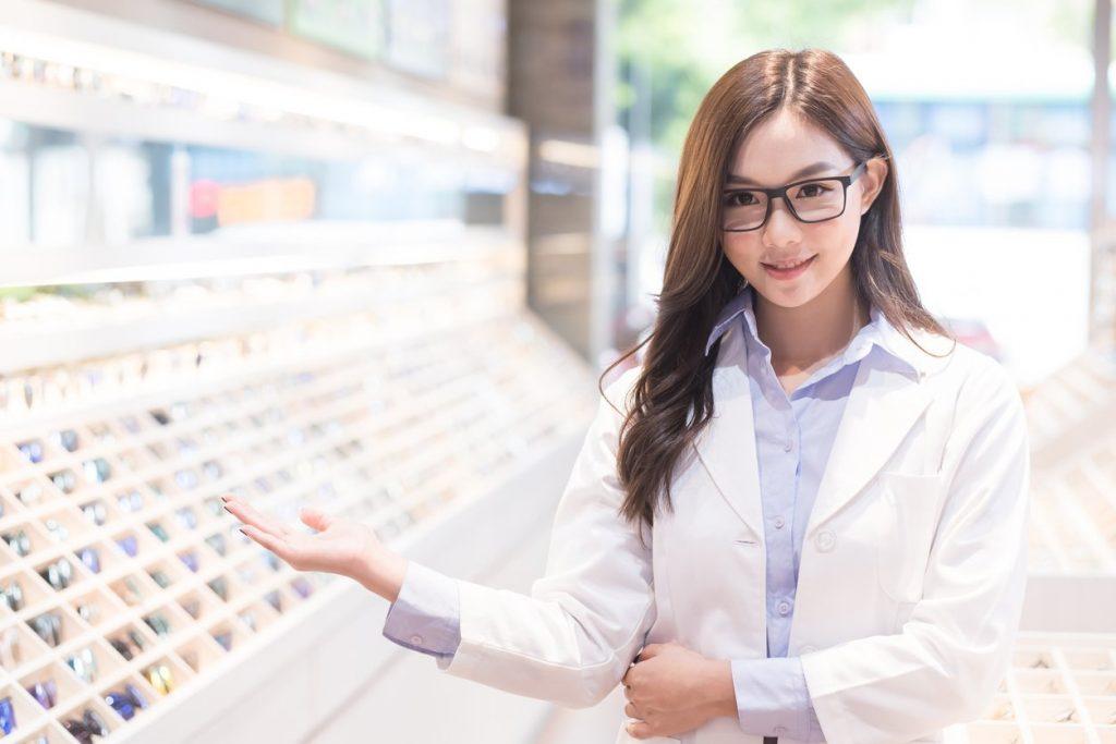 beauty woman optometrist